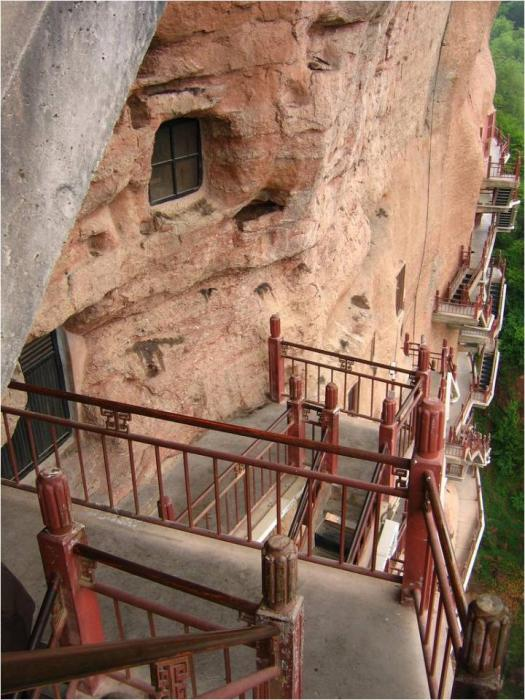 Caves Maytszishan 11