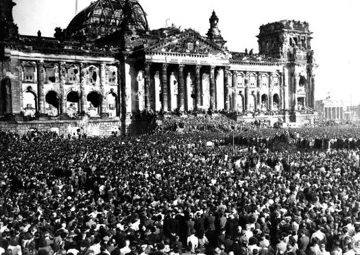 Berlins Republic Square 1948