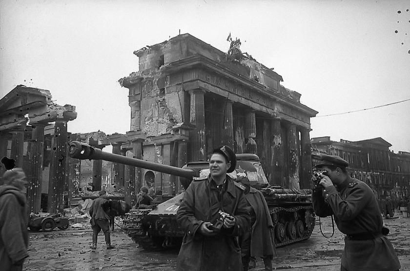 Brandenburg Gate 1945