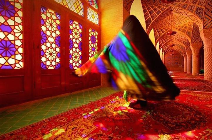 NASR-UL-MULK Mosque by lucie Debelkova